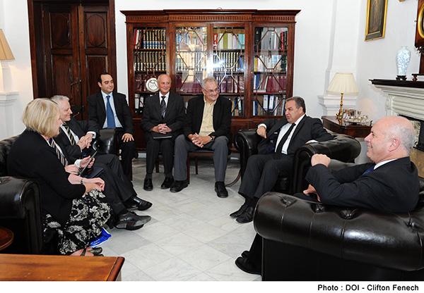 Vic-MPs-visit-Malta-Jul13-6600