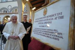 pope_opens_domus-australia_20oct2011